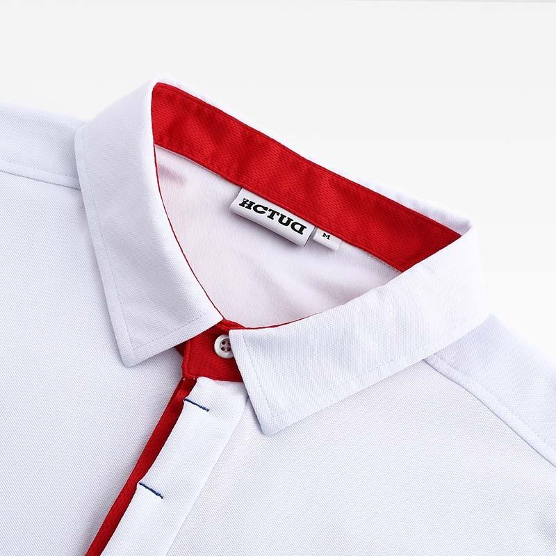 Poloshirt Männer weiß von HCTUD mit roter Doppel-kragenfarbe.