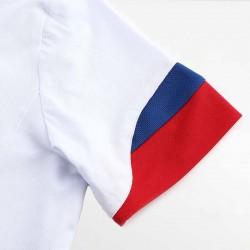 HCTUD weiß mit rotem Herrenpoloshirt mit zweifarbigen Ärmeln.