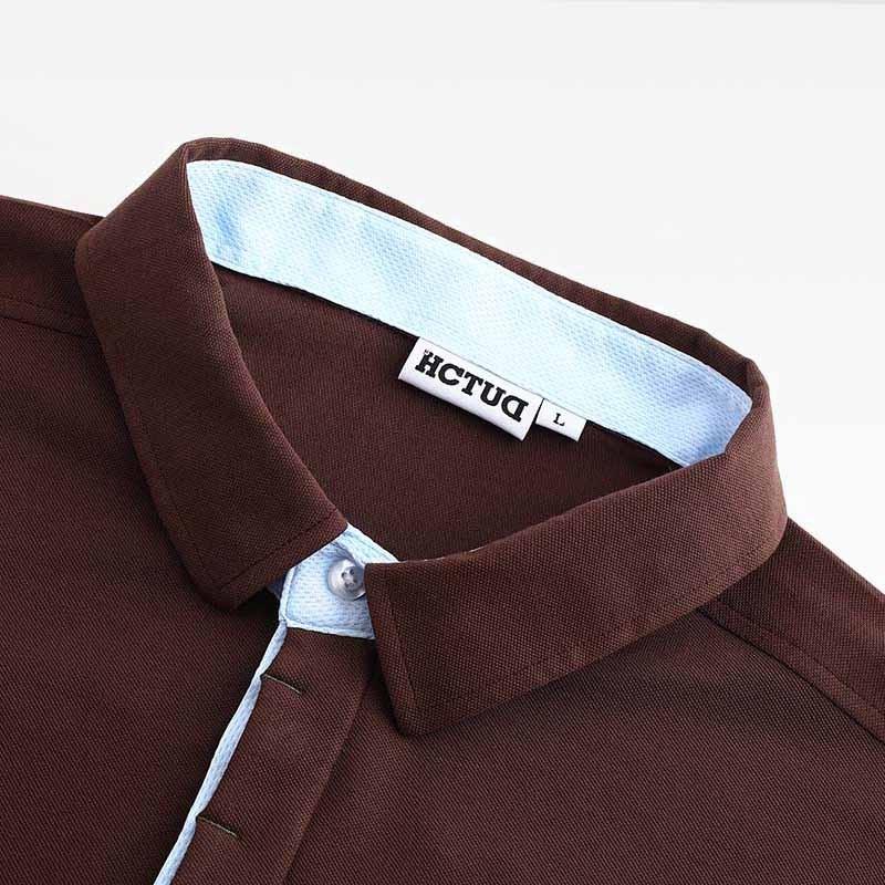Herren Poloshirt braun von HCTUD mit blau Doppel-kragenfarbe.
