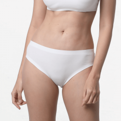 Seamless ladies underwear briefs cheeky ivory sustainable micromodal