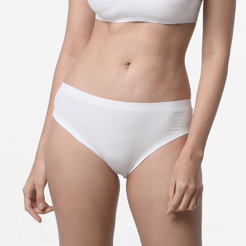 Seamless ladies underwear briefs cheeky ivory sustainable micromodal