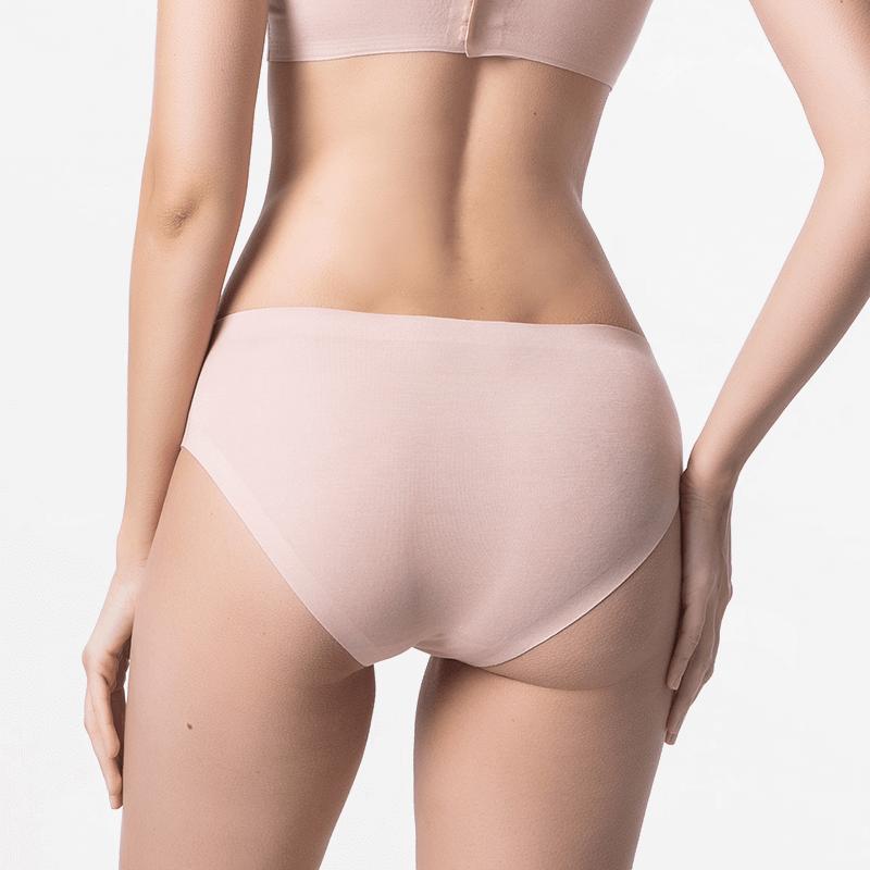 Seamless bikinislip beige with extremely soft Micromodal